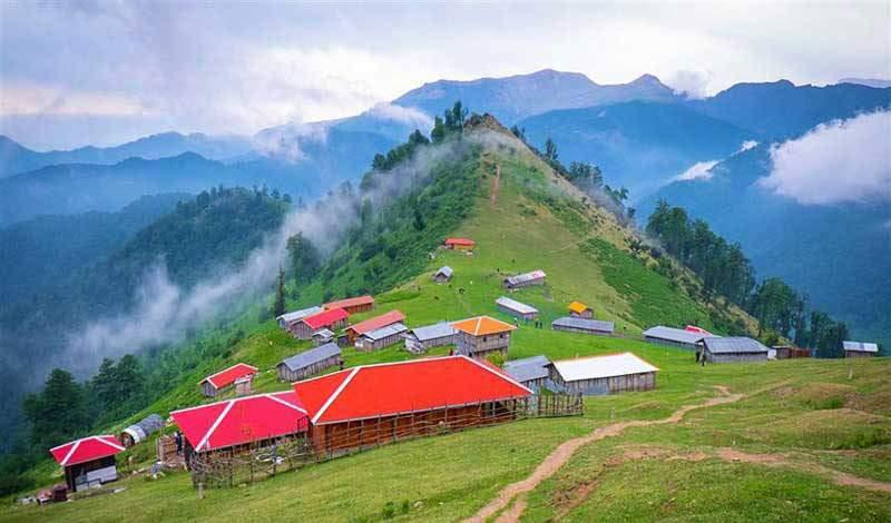 گیلان با روستاهای خوش آب و هوا