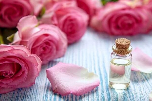 عطر با اسانس گل