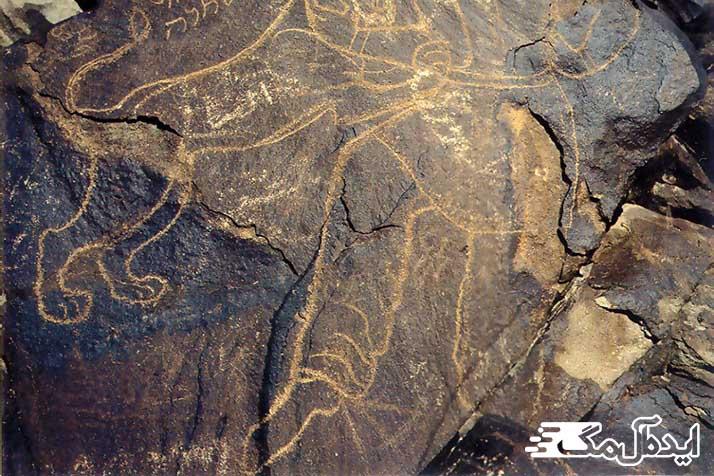 سنگ نگاره کال جنگال از جاذبه های گردشگری خراسان جنوبی