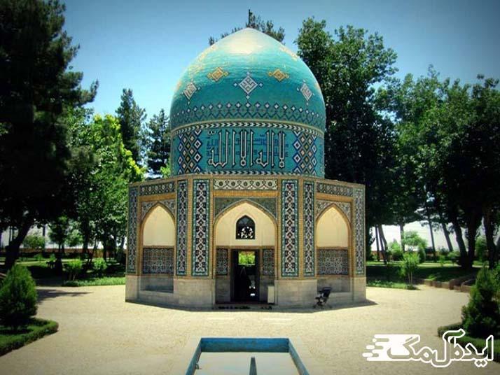 آرامگاه عطار از جاذبه های گردشگری استان خراسان رضوی