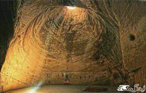 آثار تاریخی آذرشهر