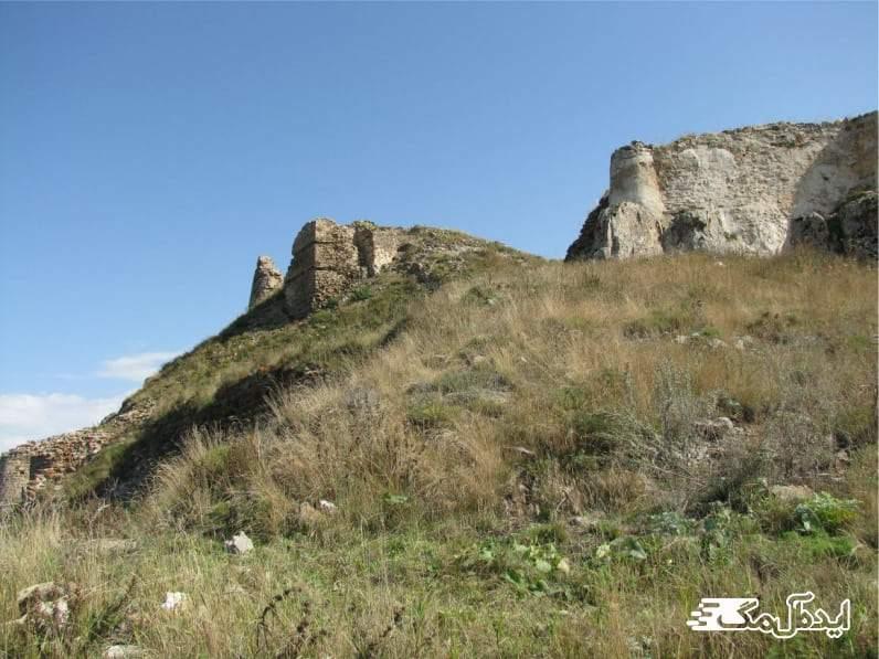قلعه تاریخی آغجه