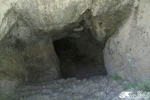 غار چهل پله خضرلو