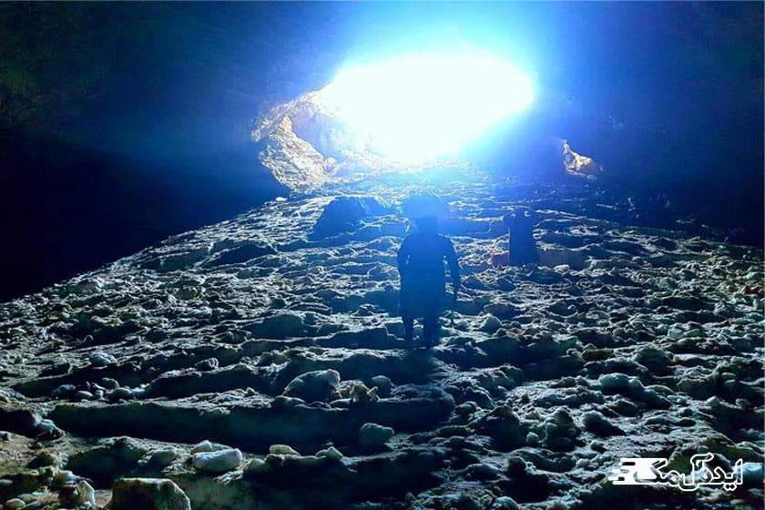 غار یخی درفک | آثار طبیعی