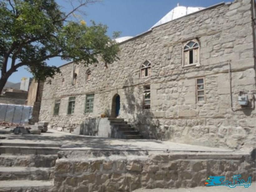 مسجد تاریخی خاروانا