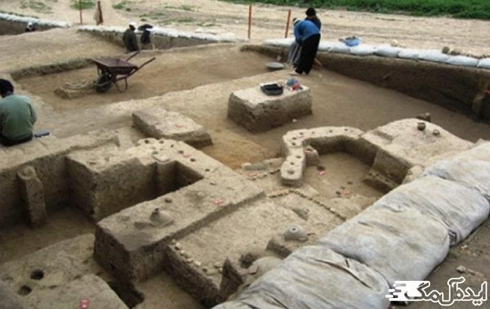 تپه باستانی قلعه کش دابودشت