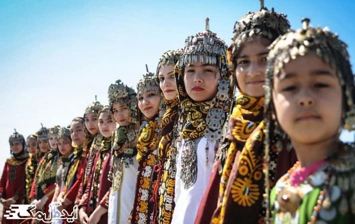 لباس های محلی بندر ترکمن