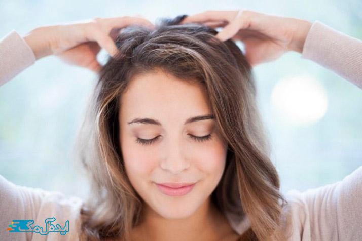 ماساژ پوست سر و حفظ آرامش برای جلوگیری از سفیدی زودرس مو