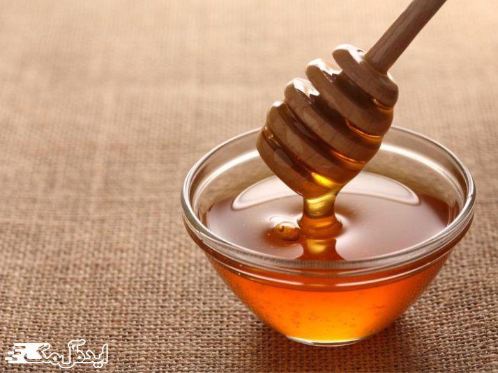 تاثیر عسل بر رفع جوش سر سیاه