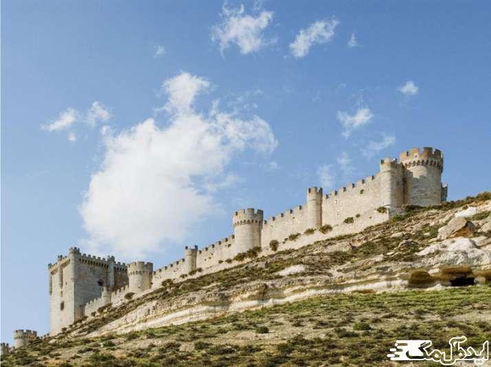 قلعه کاردونا ؛ جاهای دیدنی بارسلونا