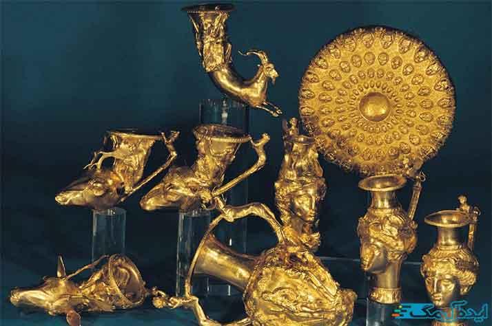 موزه رضا عباسی از اماکن دیدنی تهران