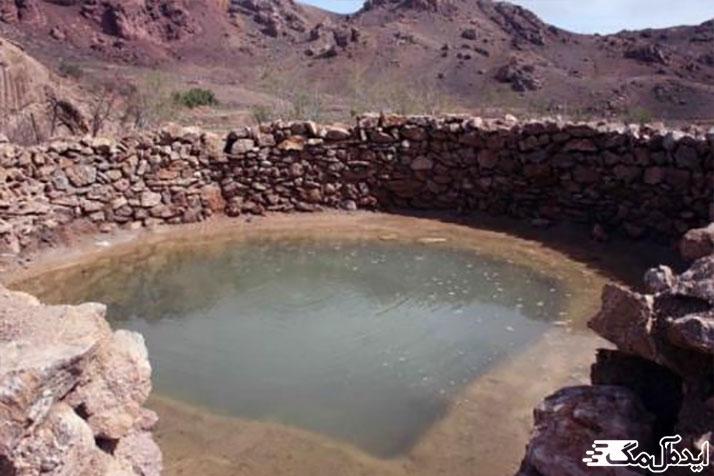 آب گرم گرماب از جاذبه های گردشگری فیروزه