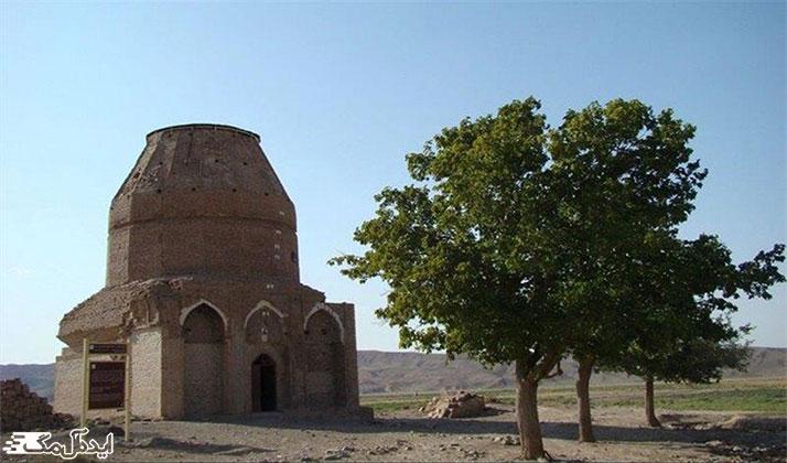 آرامگاه خواجه نجمالدین کبری از جاهای دیدنی جوین