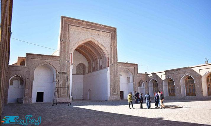 مسجد جامع تون از اماکن تاریخی