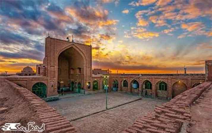 مسجد جامع از اماکن دیدنی داورزن