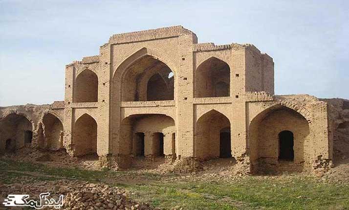 کاروانسرای شوریاب از مکانهای تاریخی فیروزه