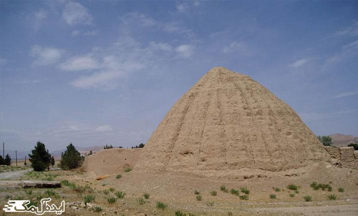 یخدان بحرود از دیدنی های شهر فیروزه