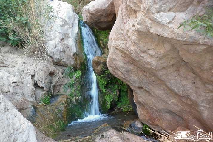 آبشار درونه، دیدنی طبیعی بردسکن
