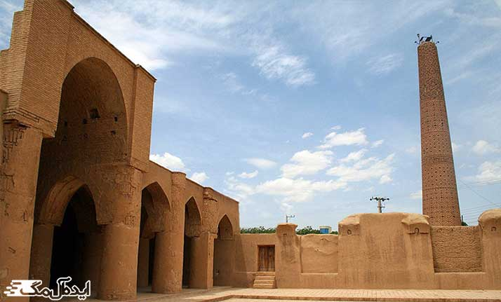 مسجد تاریخانه دیدنی دامغان