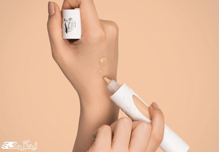 کرم پودر خوب برای پوست چرب صورت نباید روی دست تست شود
