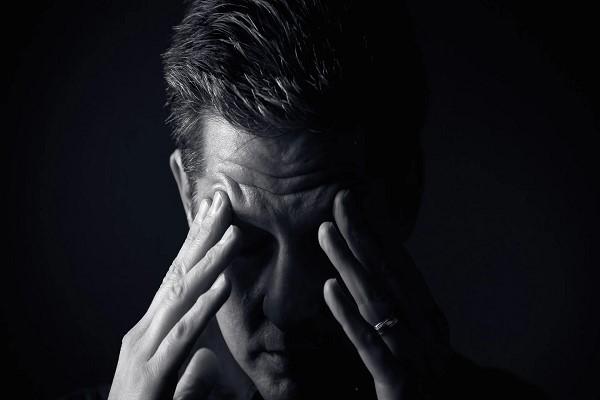 مهم ترین علائم افسردگی شدید در مردان