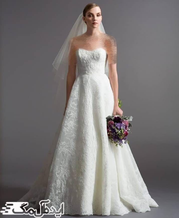 مدل لباس عروس دکلته برای حرکت در طول مراسم نیز مناسب است