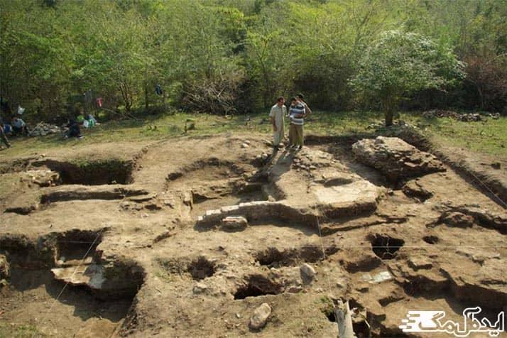 مکان های تاریخی و گردشگری صومعه سرا