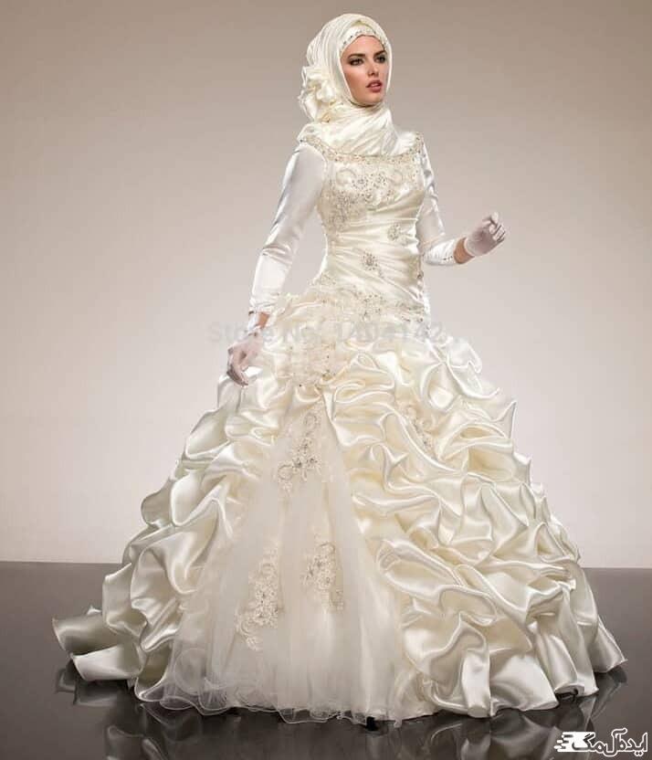 لباس عروس پوشیده دامن پفی پرنسسی