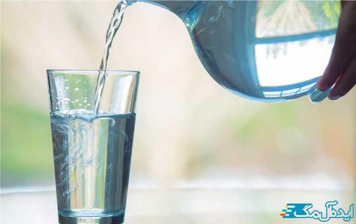 برای لاغری شکم آب بیشتری بنوشید