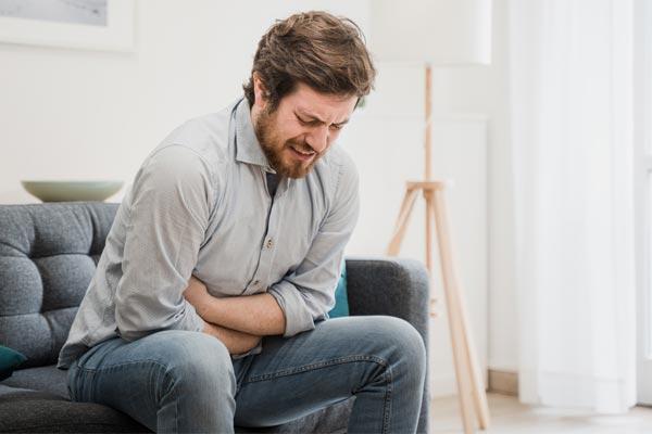 راههای خانگی و فوری درمان معده درد