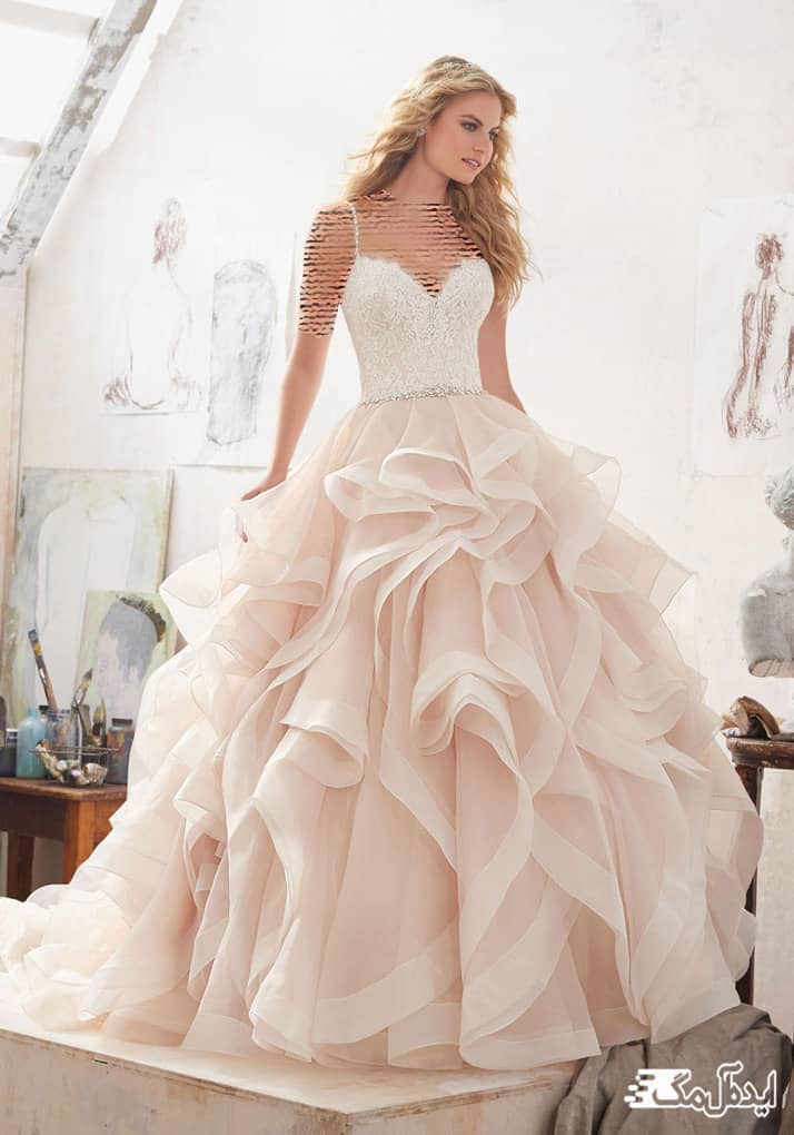 لباس عروس دکلته با دامن والان دار