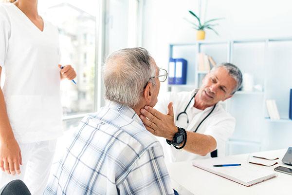 علائم پرکاری تیروئید در طب سنتی