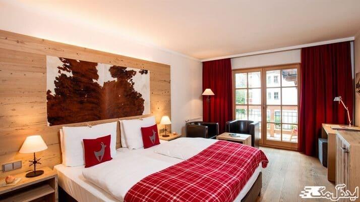 بهترین ستهای رنگ زرشکی برای اتاق خواب