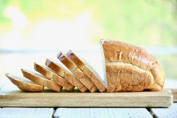 کالری نان چقدر است