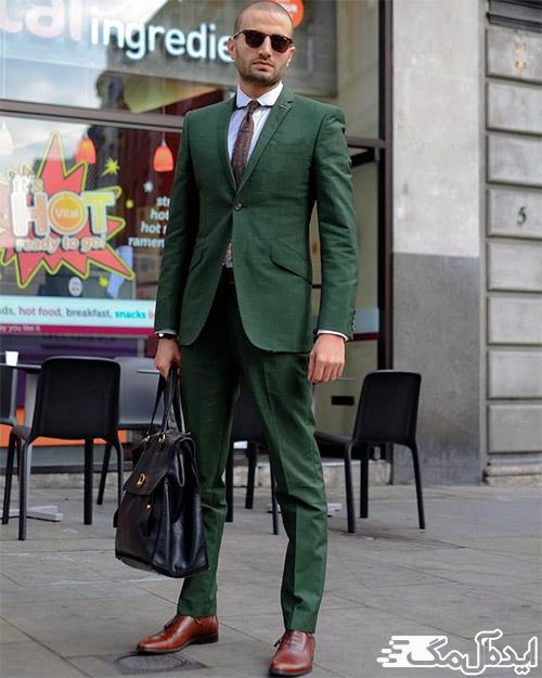 ست کردن کت و شلوار سبز یشمی