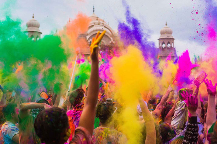 جشن رنگ در هند